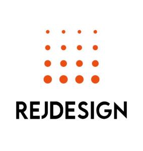 REJ Design_logo_tausta valkoinen, teksti musta_oranssi